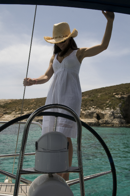 Sì, navigare. Gozo, Malta.