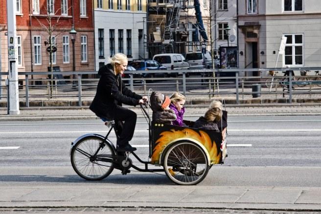 Mamma ciclista+babies